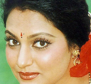Madhavi Actress, latha, age, family, biography, husband, wiki, daughters, movies