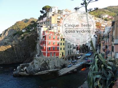 Cosa vedere e fare alle Cinque Terre borghi e sentieri: veduta di Riomaggiore