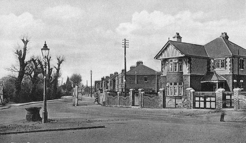 Priory Road Crossing