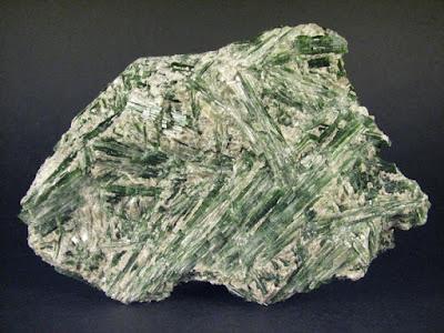 Kristálygyógyászat/Gyógyító kövek: Aktinolit