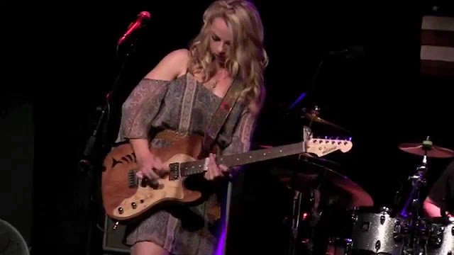 Samantha Fish - Blame it on the moon