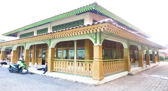 Pesona Masjid At Taubah Situ Babakan, Simbol Budaya Betawi
