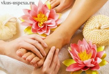 Лечебные точки на ногах; точечный массаж стоп
