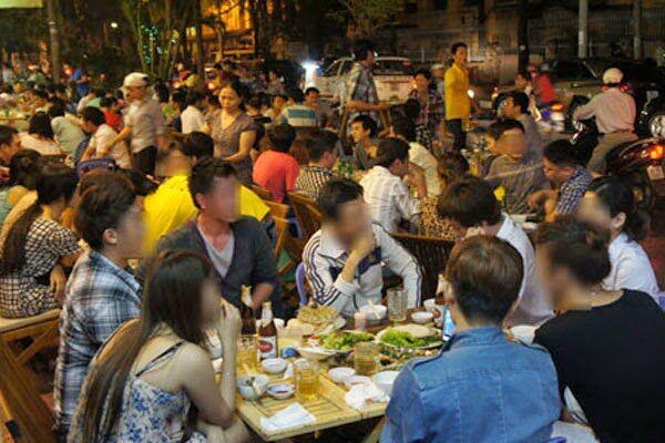 Văn hóa nhậu nhẹt: Sự quái gở của đàn ông Việt Nam
