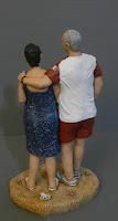 statuette coppia anniversario innamorati spiaggia ritratti orme magiche