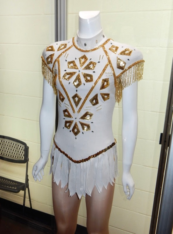 Margot Robbie I Tonya figure skating costume