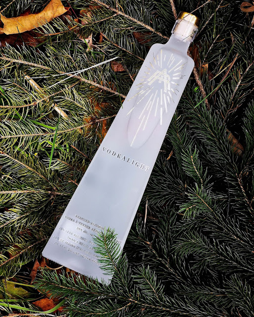 vodka,quebec,idee-cadeau-noel,meilleure,quebecoise,vodkalignt,vodka,gatineau,madame-gin,air-distillery