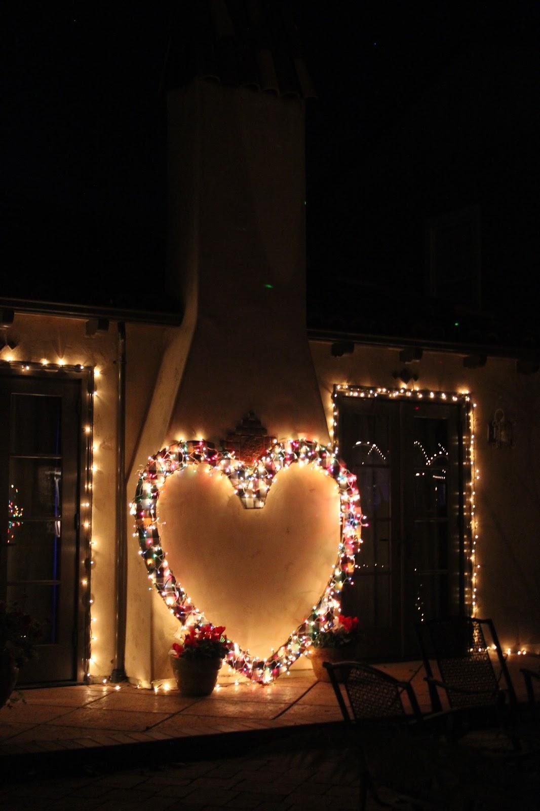 #B77014 Les Tribulations D'une Famille Française En Californie  5329 décorations de noel aux etats unis 1066x1600 px @ aertt.com