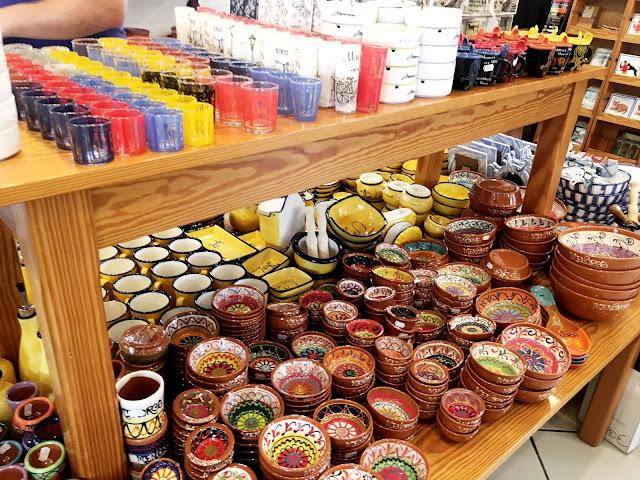 tourist gift shop