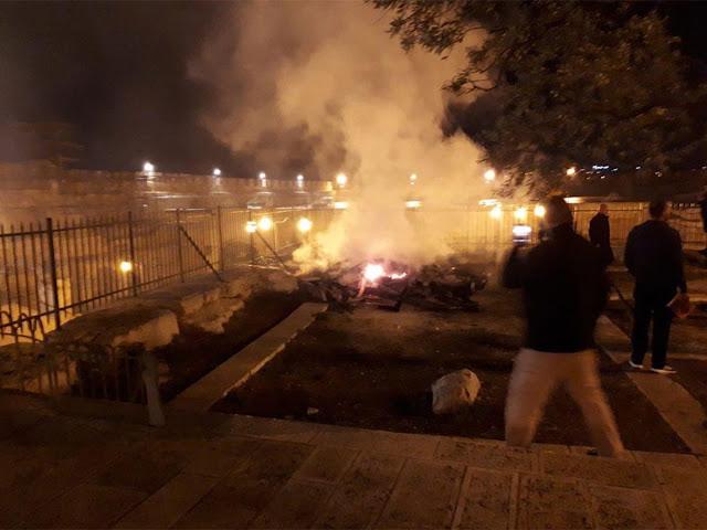 Masjid al-Aqsa di Yerusalem Kebakaran