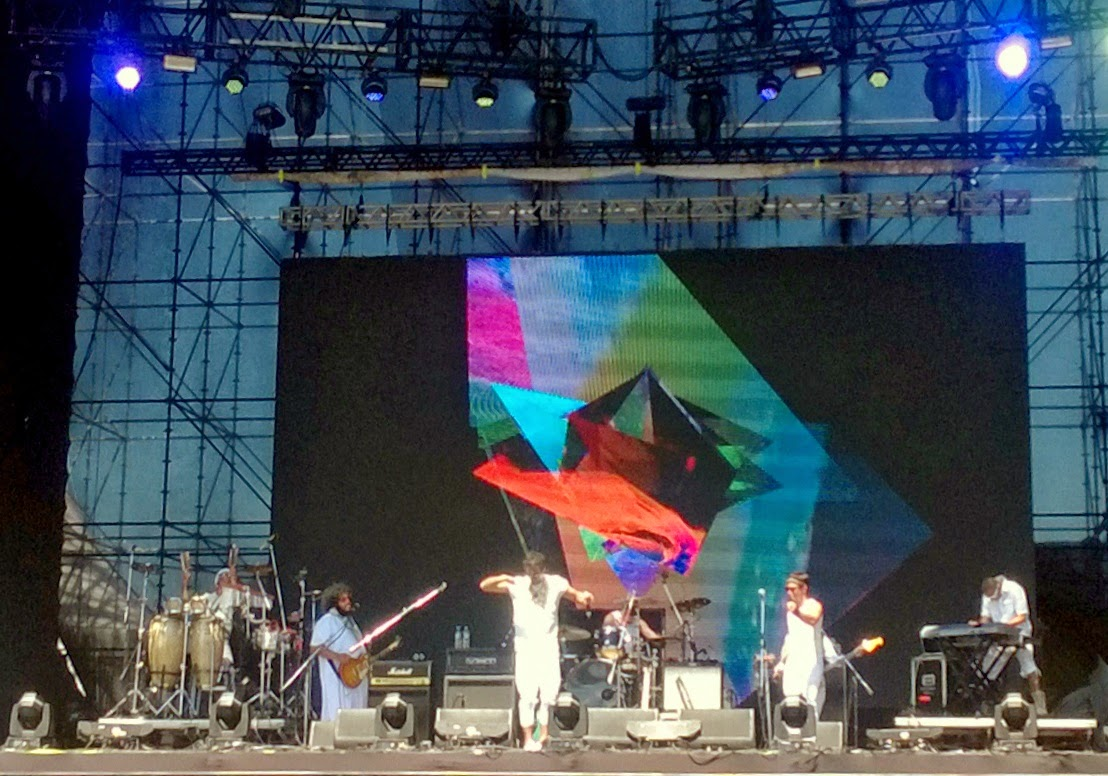 La Cumbuca: Lollapalooza Brasil 2014: um domingo bonito e