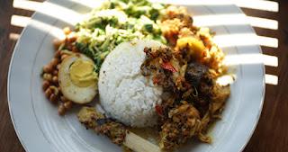 wisata kuliner nasi ayam bu oki bali 2019