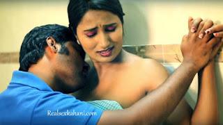 Desi bathroom sex indian xxx chudai kahani