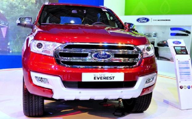 Ford Everest phiên bản 2015 có giá bán khoản 1 tỷ 250 tại VN