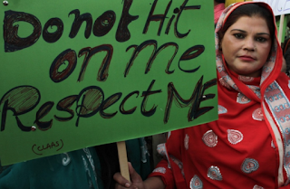 Pakistani Husbands Can 'Lightly Beat' Their Wives, Islamic Council Says