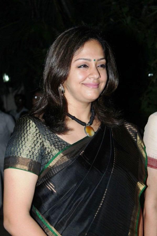 Jyothika Latest Photos in Black Saree ~ Film ...