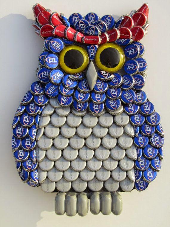 Manualidades ingeniosas con tapas de botellas cositasconmesh for Decoracion de espejo con material reciclable