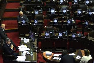 El jefe de Gabinete dijo que no hay que 'atacar a una fuerza de la democracia como es la Gendarmería'.