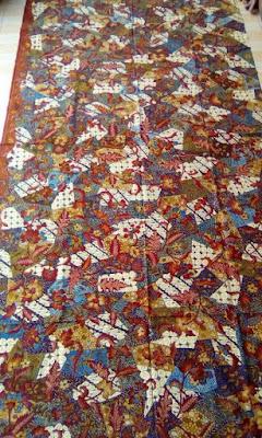 Pakaian Batik Indonesia