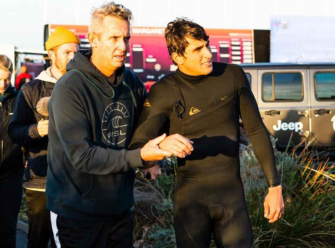 Leonardo Fioravanti has withdrawn from the Margaret River Pro after dislocating his shoulder in a freesurf before we got underway this morning. Because of this, we will skip Round of 32, Heat 7 and Jordy Smith will be placed directly into the Round of 16. We wish you a speedy recovery Leo!