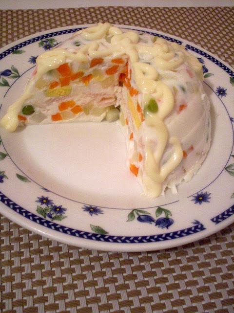 Bele pihtije sa povrćem i jogurtom