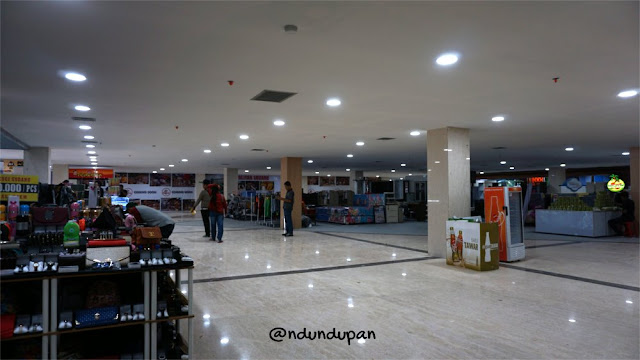 Dalam Blitar Square Mall