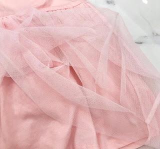 Đầm thun bé gái Carter, hàng đẹp như web lung linh lung linh.
