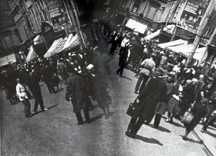 The unique visual style of Dziga Vertov's Man with a Movie Camera.