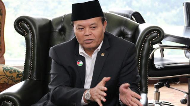PKS: Iklan Jokowi Di Bioskop Harus Dicopot