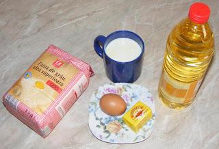 ingrediente pentru prepararea scovergilor de casa fragede si pufoase cu lapte si oua, retete culinare,
