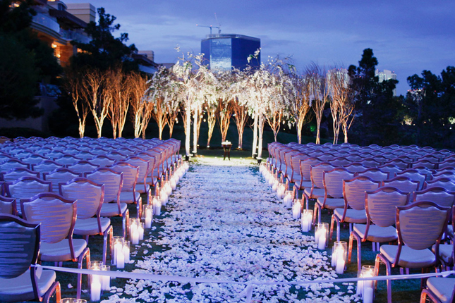 Indoor Or Outdoor Wedding Ceremony Some Facts To Help You: Mind-Blowing Wedding Ceremony Decor