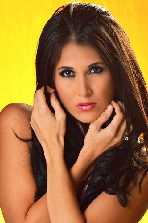 Full Chikas - Biografia - Galeria de Fotos y Mas: Danielle