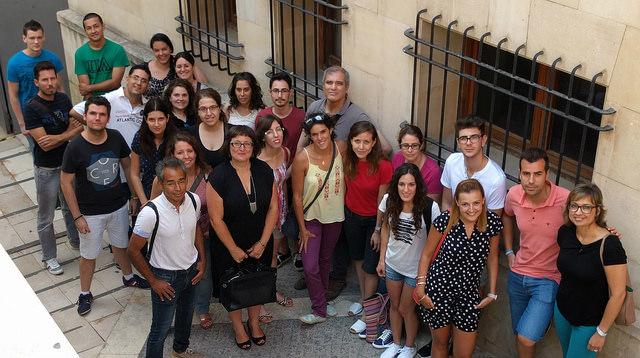 Foto de grupo de la Lanzadera de Empleo de Alicante, en buscandomelashabichuelas.blogspot.com.es