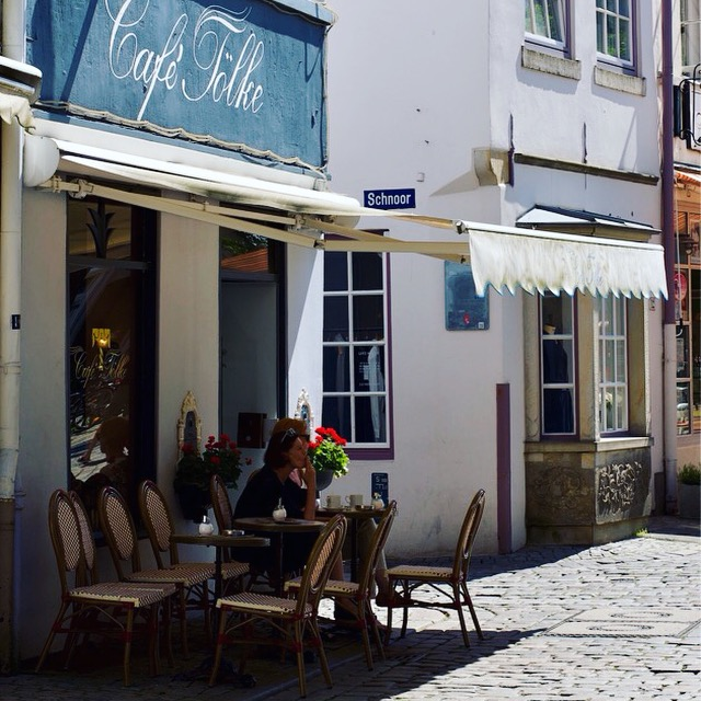 Café Tölke í Schnoor-hverfinu í Bremen, Þýskalandi · Lísa Hjalt