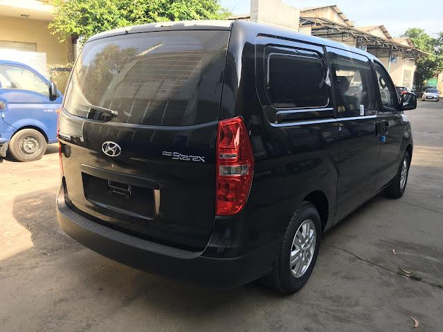 Hyundai Starex bán tải 2017 màu nâu đen hoàn toàn mới IMG 0778