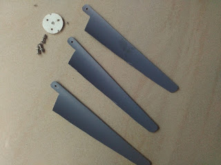 Home made mini wind turbine propeller blades