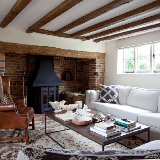 Eclectic Cottage Living Room: New Home Interior Design: 10 Cosy Living Room Ideas