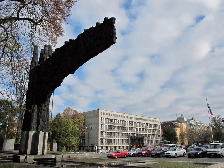 Ljubljana Slovenia Trg Republike Spomenik Revolucije Flickr