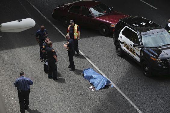 Texas Man Jumps Off A Flyover Bridge To His Death Photos