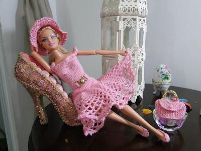 Passo a Passo do Vestido Moda Retrô Em Crochê Para Barbie Com Pecunia MillioM - 1ª Parte