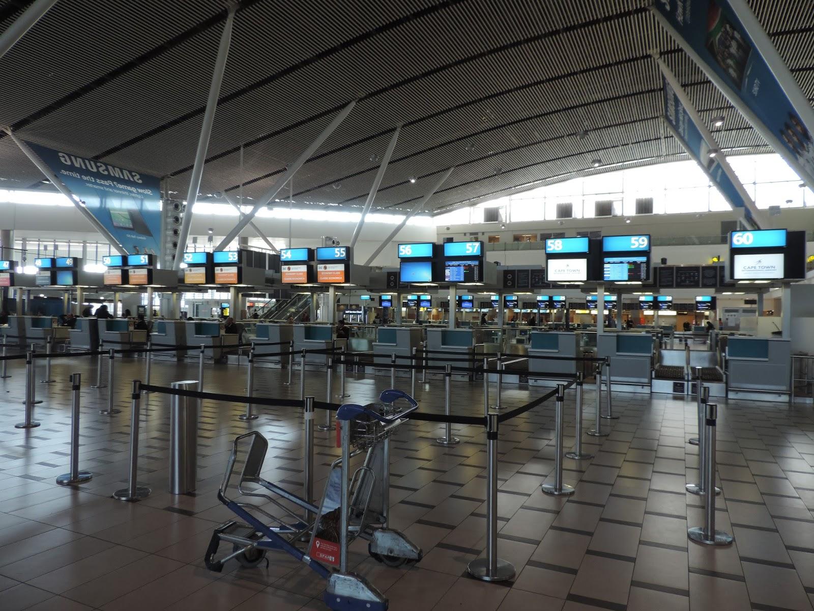 許自己一個飛行的夢: [納米比亞航空] 17AUG16 Air Namibia SW 708 開普敦-溫荷克 CPT-WDH (Cape Town - Windhoek)