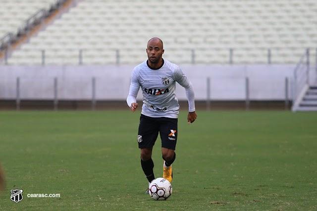 """""""Agora são 10 finais que temos pela frente"""", alerta Romário após o retorno do Ceará ao G4 nessa reta final de série B"""