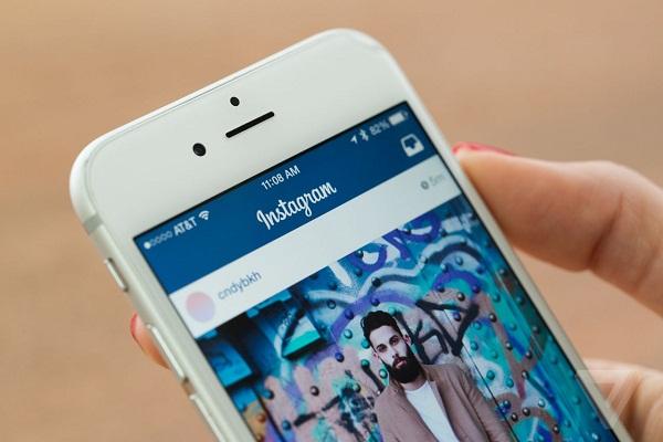Cara pasang iklan video di Instagram.