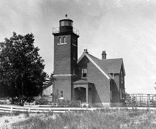 Presque Isle Lighthouse before the tower was extended
