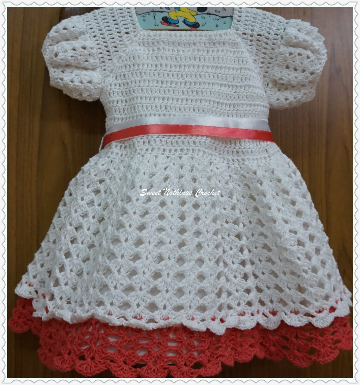 Sweet Nothings Crochet: EASY LAYERED BABY DRESS