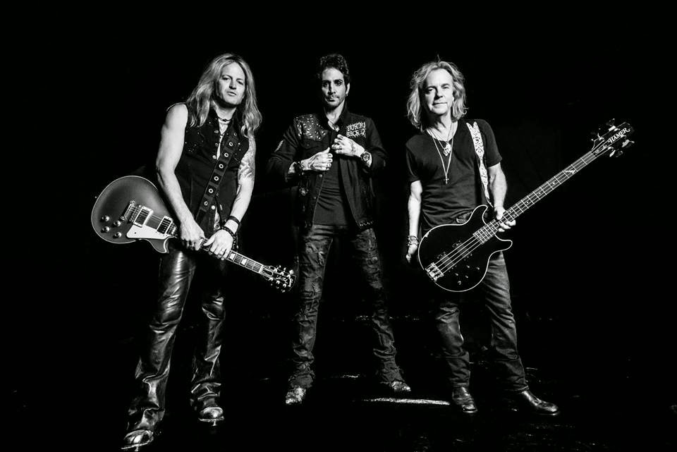 Revolution Saints - band