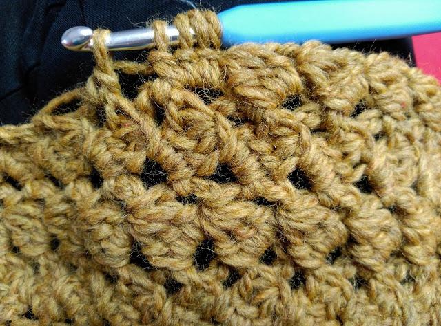Punto cuellos de ganchillo, l de lana, hacer cuello de ganchillo