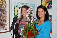 Silvia Borges Mattar é homenageada por Cléo Rezende, Subsecretária de Cultura, em nome do Governo Municipal