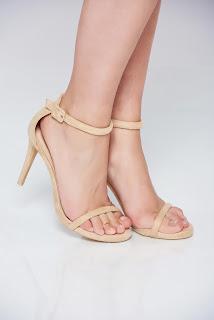 sandale-ce-iti-vor-face-vara-mai-frumoasa13