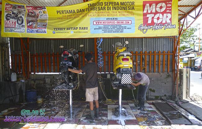 Lavadero de motos en Yakarta